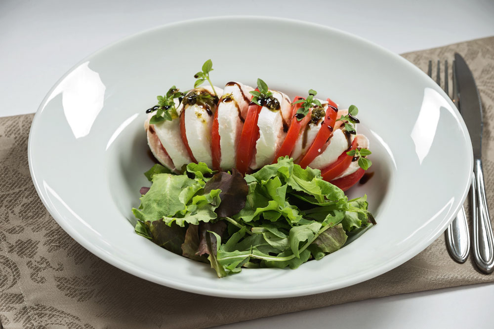 salata caprese 790