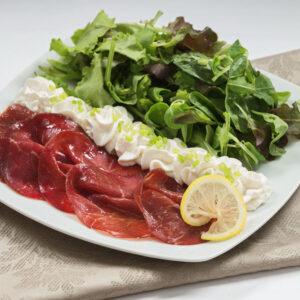 Salata cu Bresaola Toscana & Crema Piemonteza