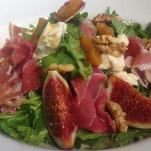 Salata cu Gorgonzola & Prosciutto si smochine