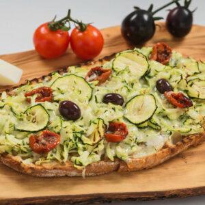 Bruschetta cu Branza Asiago si Zucchini