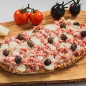 Bruschetta cu Salsiccia & Mozzarella Cherry