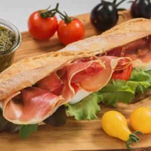 Panini cu Prosciutto si Mozzarella, 200 gr