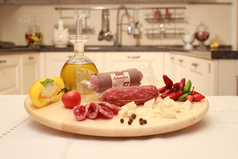 Salam de Parma cu Parmigiano Reggiano